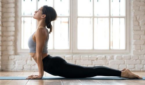 Exercícios de alongamentos e fortalecimento de musculatura...